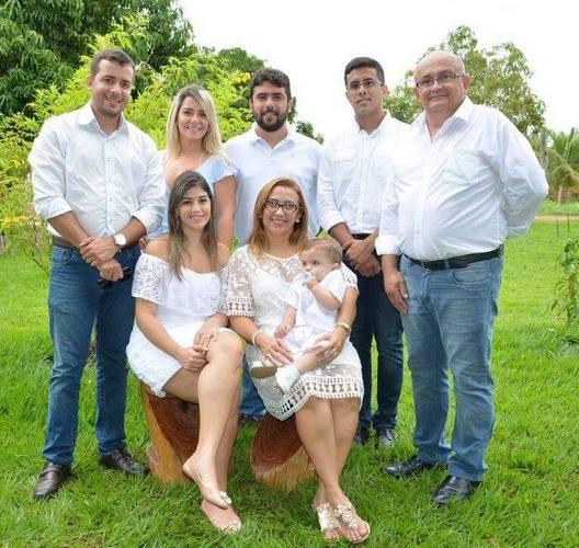 Prefeita de Guadalupe Neidinha Lima e Família