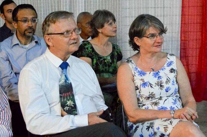 Demerval Lobão | prefeito participa da solenidade de despedida do casal suiço Beat e Úrsula