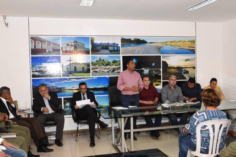 Prefeitura Municipal promove reunião com entidades competentes para discutir segurança pública