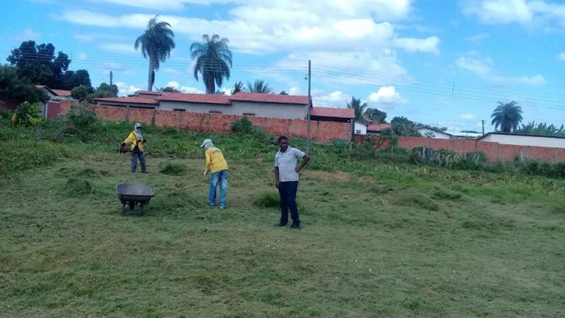 Secretaria de Cultura, Esporte e Lazer realiza mais uma recuperação de campo de futebol de várzea
