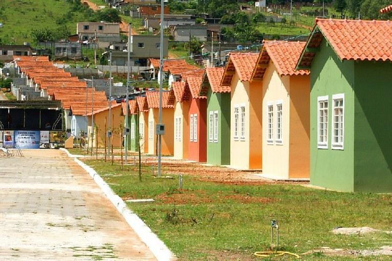 Temer anuncia a construção de mais 50 mil casas do 'Minha Casa Minha Vida'