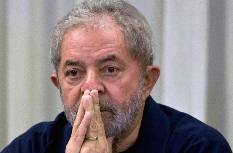Juiz retira assessores, motoristas e outros benefícios de Lula
