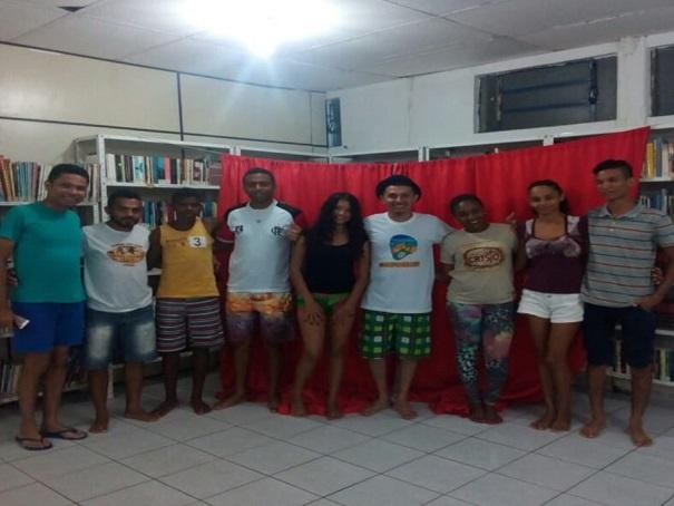 Jovens participam de oficina de Palhaçaria em Oeiras
