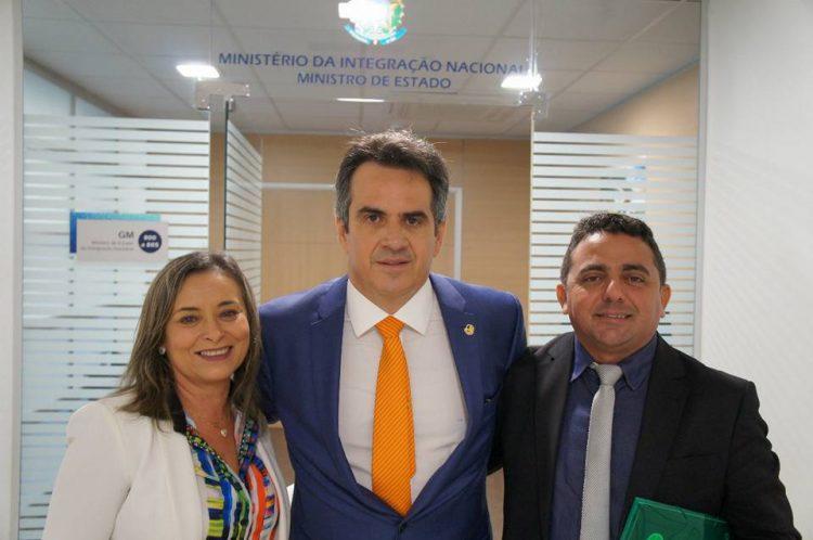 Prefeito de Campo Maior garante sete milhões para investimentos no município