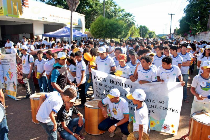 Caminhada marca Dia de Combate à Exploração de Crianças e Adolescentes em Altos