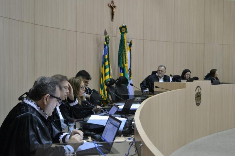 TCE-PI rejeita embargo e mantém condenação de ex-gestor do Idepi