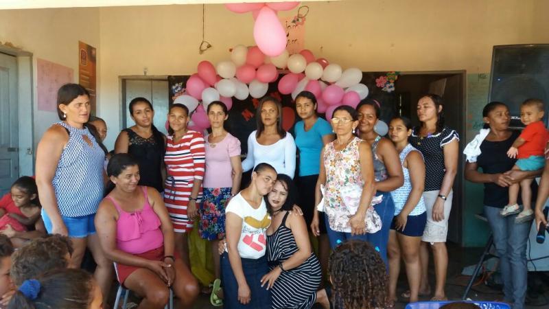 Confira as fotos que marcaram o café da manhã para as mães da escola Sabino Lopes