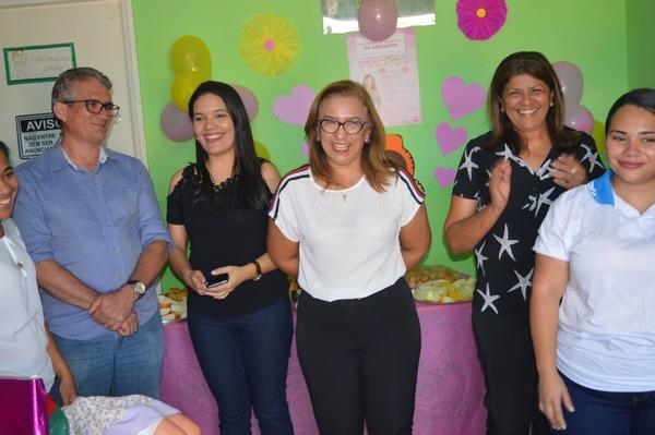 Prefeita de Guadalupe participa de festa das mães realizada na UBS Dirceu Arcoverde