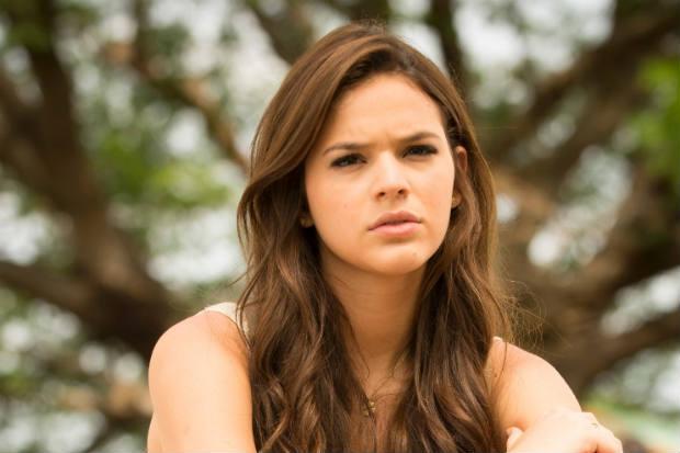 Bruna Marquezine manda indireta para ator em rede social
