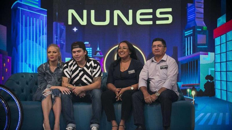Whindersson Nunes diz como usou o 1º dinheiro que ganhou