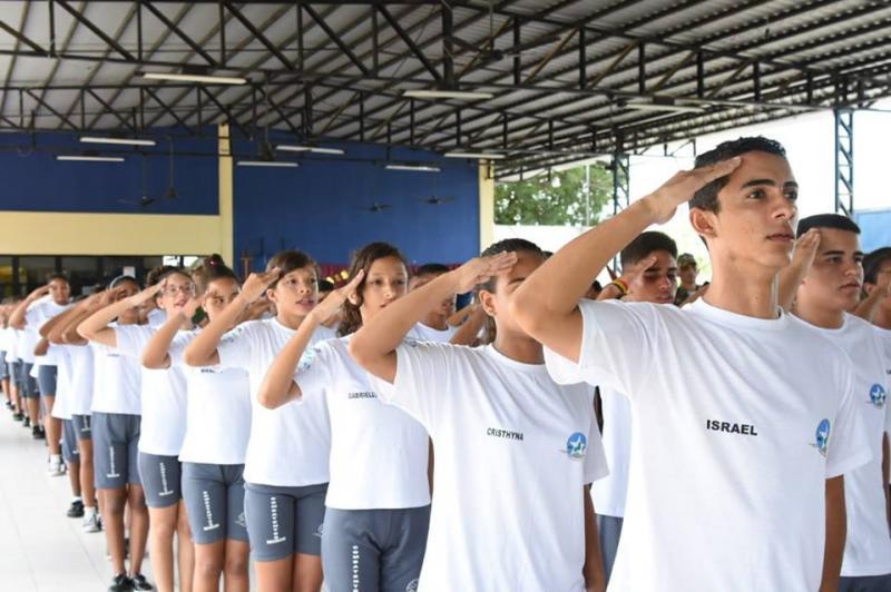 Projeto de combate às drogas e incentivo à educação comemora um ano de atividades