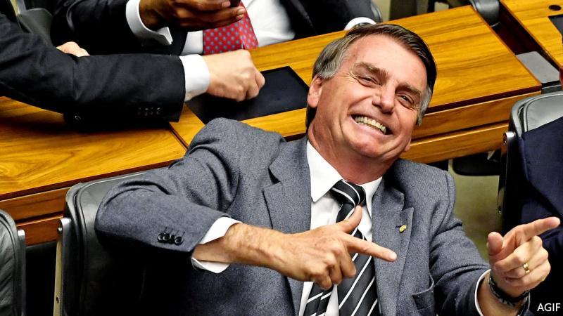 Bolsonaro diz que é melhor menos direitos trabalhistas que perder emprego