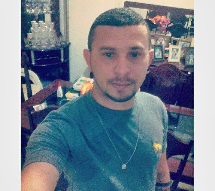 Jovem é morto com várias perfurações dentro de casa no Piauí