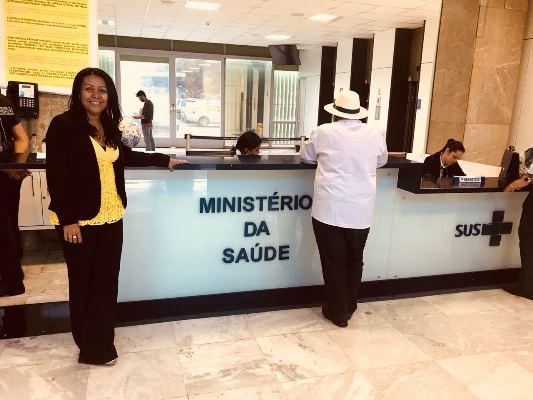 Prefeita Doquinha foi ao Ministério da Saúde resolver problemas de Colônia do Gurgueia-PI