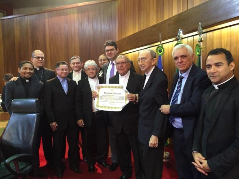 Dom Jacinto Brito recebe título de cidadão piauiense