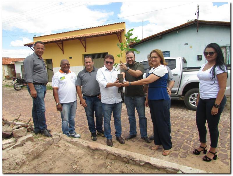 """Inhuma é contemplada com o Projeto """"Piauí Mais Verde"""""""