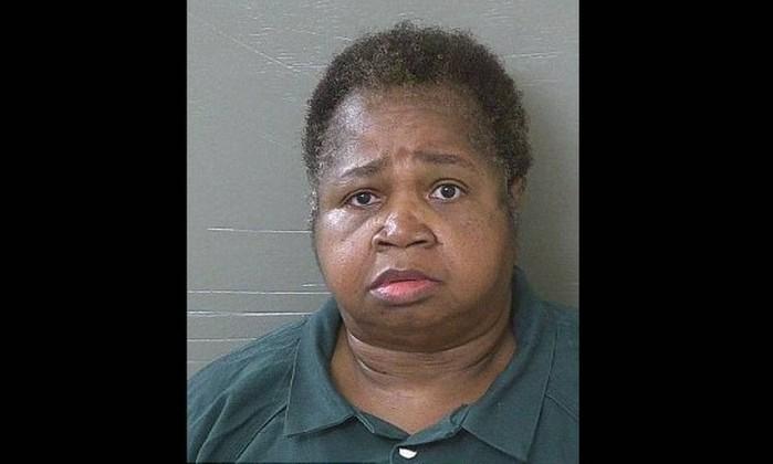 Mulher de 150 kg mata menina de 9 anos ao sentar sobre ela propositalmente