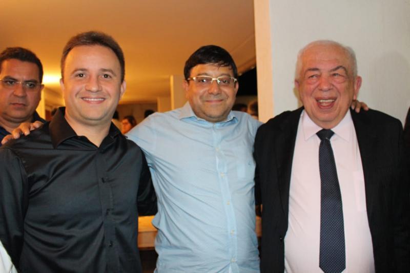 Prefeito Júnior Bill participa de jantar na casa de Ciro Nogueira em Brasília