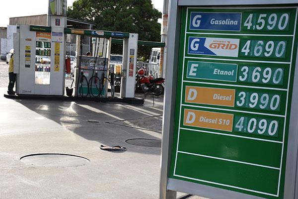 Gasolina pode faltar em postos de Teresina a partir desta sexta