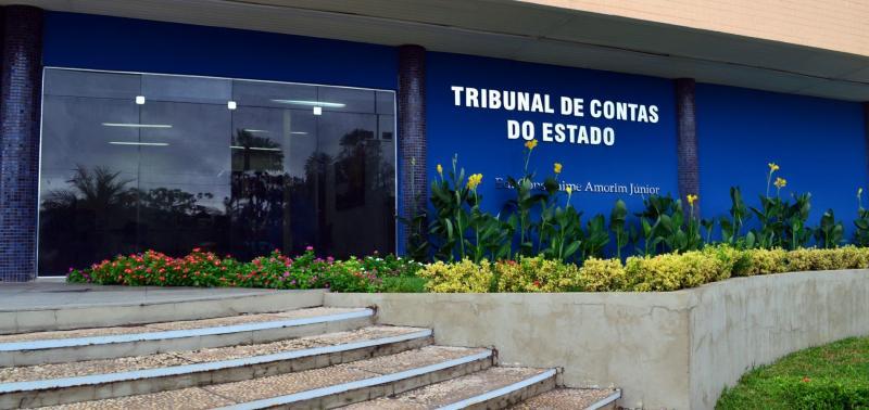 Tribunal de Contas alerta Esperantina e mais 161 municípios por descumprimento de limites da LRF