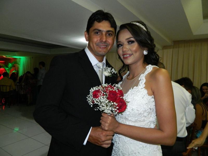 Thalita Patrícia / Cleuton Sousa Carvalho em festa de casamento