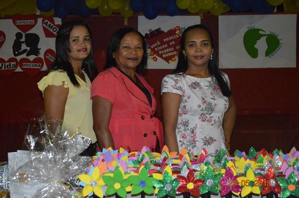 Escola Aliança do Gurgueia promove festa em homenagem a mães