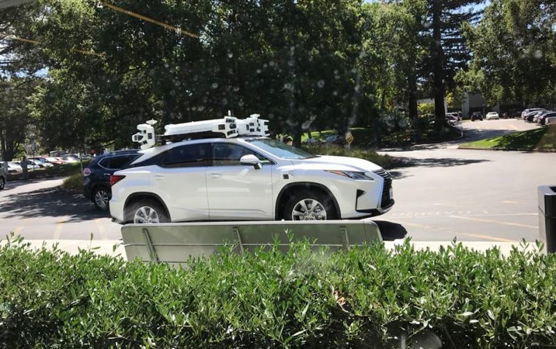 Suposto carro autônomo da Apple é visto em público