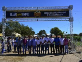 Expoeiras: Prefeitura e COFIR entregam 74 kits de irrigação à agricultores familiares