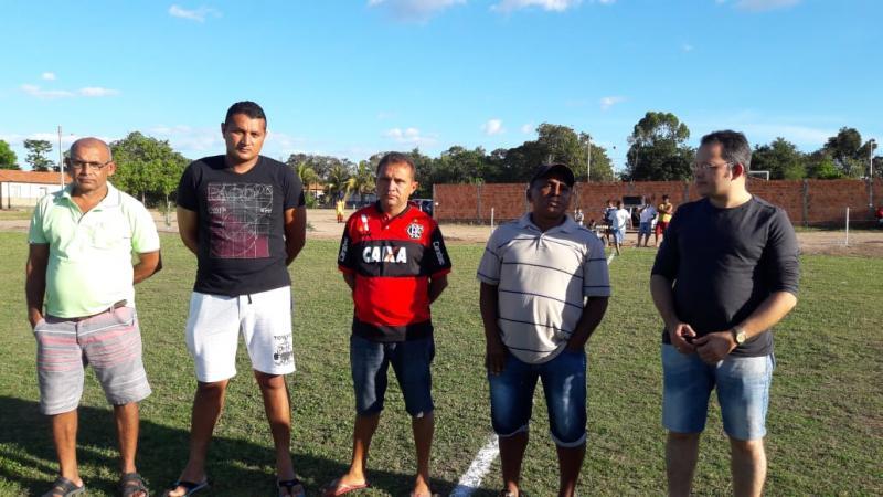 Vice-prefeito Wanderlândio participa da abertura do campeonato de futebol socyte