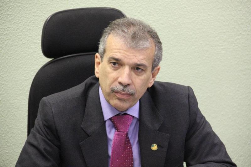 João Vicente Claudino desiste de disputar governo do Piauí