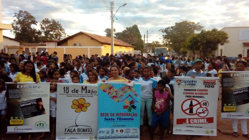 Blitz Faça Bonito mobiliza estudantes e sociedade para defesa de direitos de crianças e adolescentes