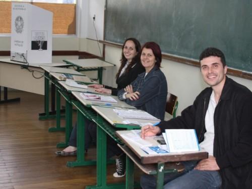Cartório de Barras convoca eleitores para se inscreverem como mesários voluntários