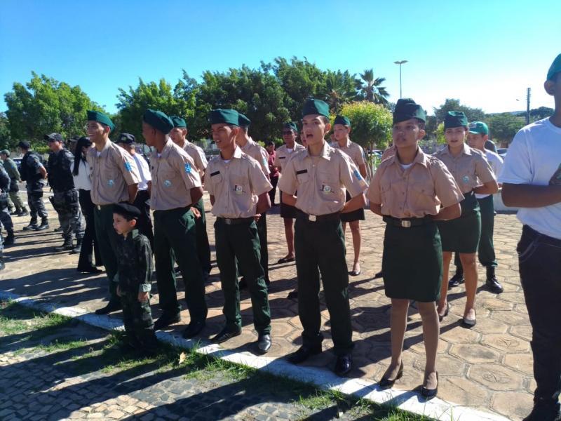 Pelotão Mirim de Olho D'água participa da comemoração de 2 anos de implantação do 18° BPM