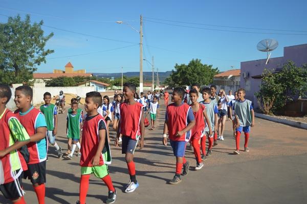 Evento esportivo envolvendo as escolas municipais movimenta alunos de Colônia do Gurgueia-PI