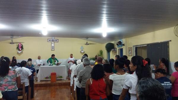 Confira como foi a abertura dos festejos de Pitombeira