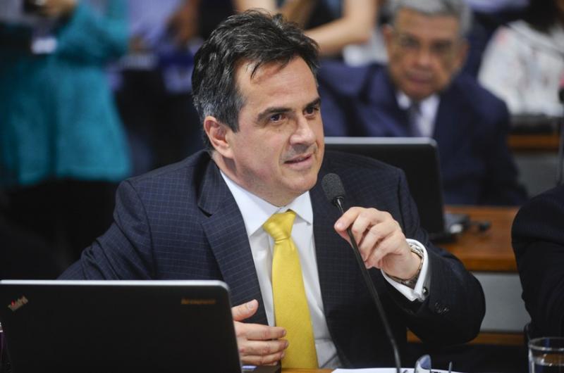 Projeto de Lei de Ciro Nogueira quer proibir carros a gasolina e diesel no Brasil