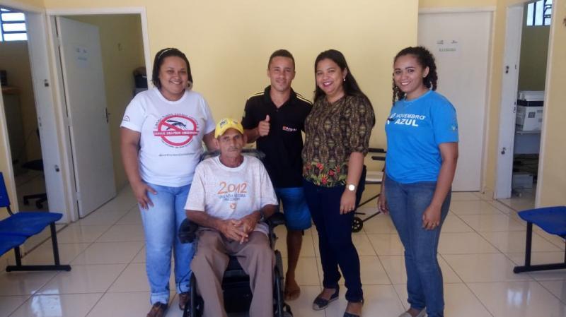 Secretaria de Saúde de Landri Sales realiza a entrega de cadeiras de rodas motorizadas