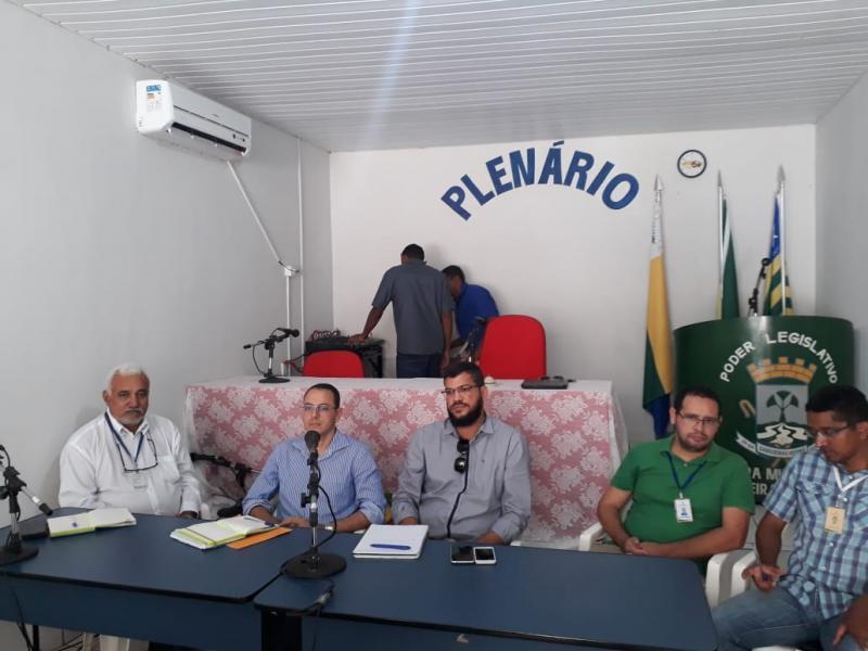 Câmara Municipal de Cabeceiras realiza reunião com técnicos da Eletrobras