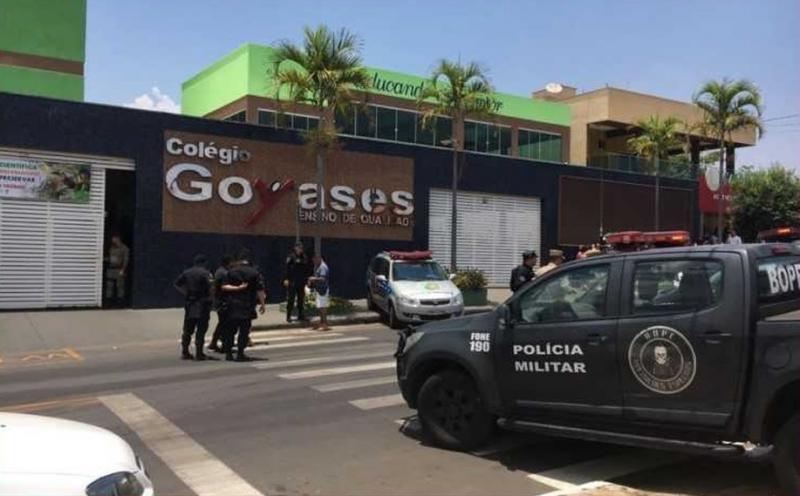 Estudante mata dois colegas a tiros e deixa quatro feridos