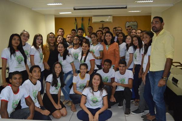 Alunos do MEDIOTEC apresentam projeto sobre Meio Ambiente aos Vereadores de Guadalupe