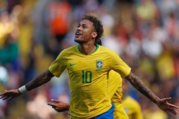 Tite confirma Neymar no último amistoso antes da Copa