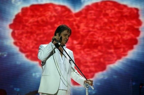 Roberto Carlos se apresenta em Teresina nesta quinta-feira