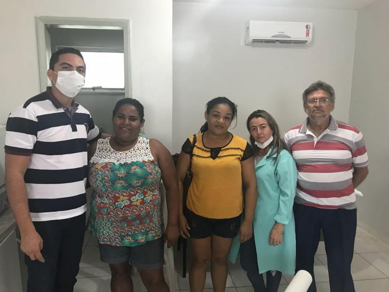 Laboratório implanta mais de 120  próteses dentárias por mês em Altos