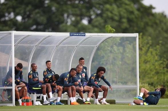 Seleção Brasileira já está na Áustria para amistoso deste domingo