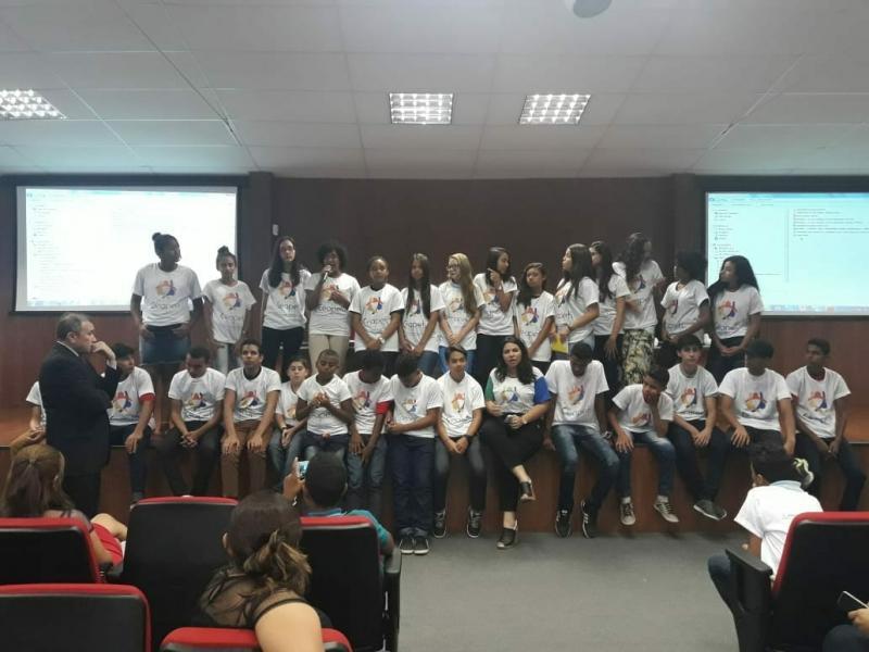 Estudantes representam Lagoa do Piauí no I Encontro Estadual de Combate ao Trabalho Infantil