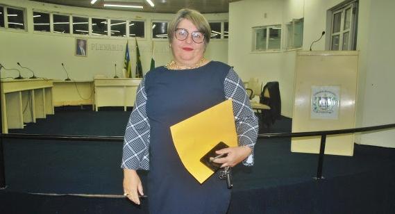 Morgana Marques toma posse como vereadora e será líder do Governo na Câmara em Luzilândia