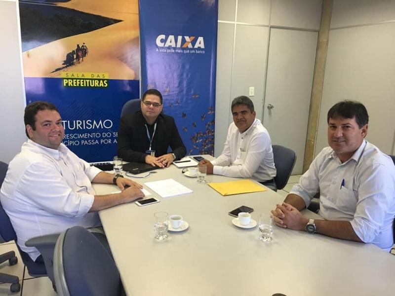 Prefeito Murilo cumpre extensa agenda na capital do estado