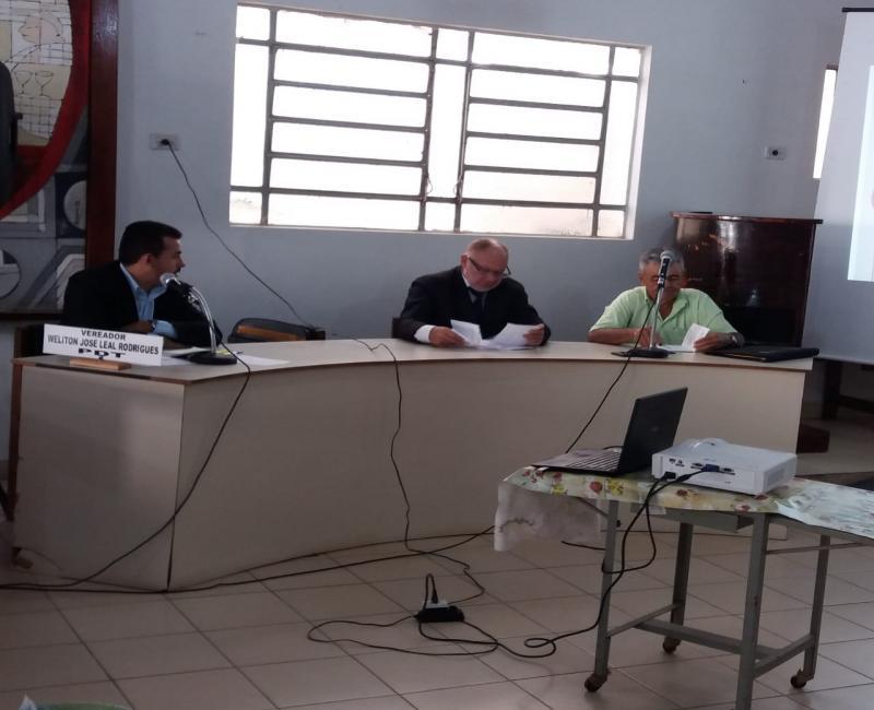 Aprovado projeto de Lei  que beneficia os agente de Endemias de Simplício Mendes.